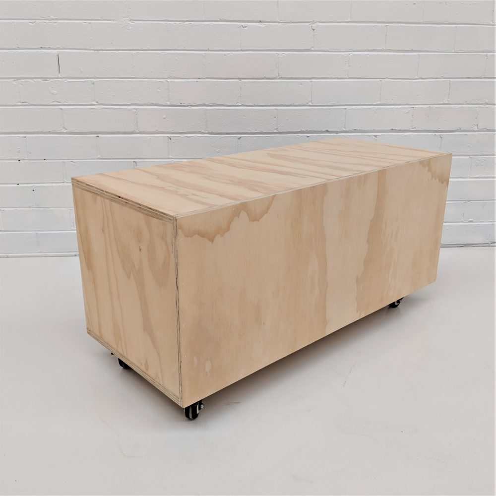 open face box large with wheels