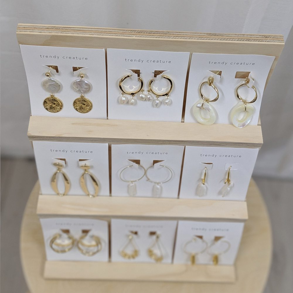 vertical carded jewellery card display